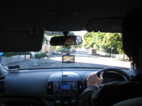 Manejando con el volante a la derecha